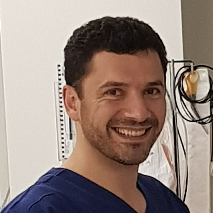 Robert Vakili